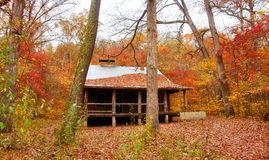 Settlers cabin in missouri. Old settlers log cabin in missouri in fall Stock Image