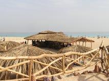 Setzen Sie Ansicht von Rotem Meer, Ägypten, Afrika auf den Strand Stockbild
