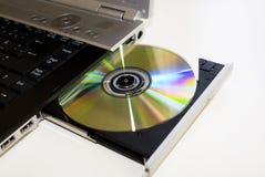 Setzen Sie das DVD innen Lizenzfreies Stockfoto