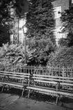 Setzen Sie in einem Brooklyn- Heightspark, New York, USA auf die Bank Lizenzfreie Stockfotografie