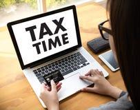 Setzen Sie für Steuerplanungs-Geld-Finanzbuchhaltungs-Besteuerung Busi Zeit fest Stockfotos