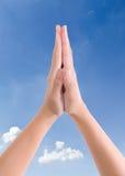 Setzen Sie Hände zusammen in Gruß ein Lizenzfreie Stockfotos