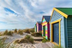 Setzen Sie Kabinen auf dem Chelsea-Strand, Victoria, Australien 1 auf den Strand lizenzfreies stockbild