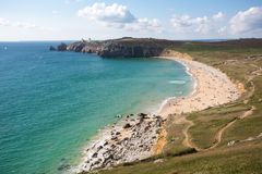 Setzen Sie Lebensstil in Bretagne während des Sommers auf den Strand Lizenzfreie Stockfotos