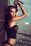 Setzen Sie Mode auf den Strand Stockfotografie