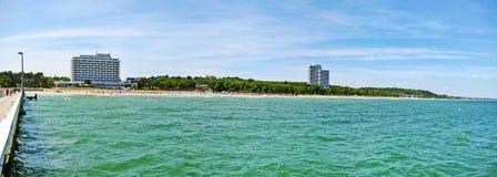 Setzen Sie Panorama in Timmendorfer-Strang, Ostsee, Deutschland auf den Strand Stockfoto