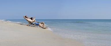 Setzen Sie Rest auf den Strand Lizenzfreies Stockfoto