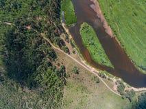 Setzen Sie u. x22; Island& x22; u. x28; guardians& x29; Hier ein Halt für Kayakers Der Fluss Mologa Lizenzfreie Stockbilder