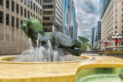 Setzen Sie Ville Marie-Brunnen Montreal Lizenzfreie Stockfotografie