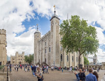 Seu Royal Palace e a fortaleza de majestade da torre de Londres Fotografia de Stock
