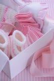 Seu uma caixa de presente da festa do bebê do tema do rosa da menina Imagens de Stock