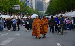 Seul, kwiecień 30, 2017: Ludzie świętują Buddha ` s urodziny zdjęcie royalty free