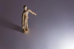 Seul un support simple d'homme de poupée dans la solitude Photo libre de droits