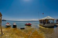 SEVAN湖,亚美尼亚- 2017年8月02日:海滩和Watersports在M 免版税库存图片