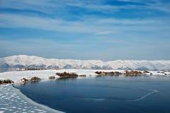 sevan高地的湖 图库摄影