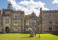 Sevenoaks老英国豪宅15世纪 经典英国乡下房子 免版税库存照片