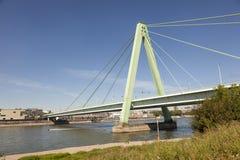 Severin桥梁在科隆,德国 库存图片