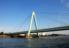 Severinsbruecke spans Рейн в Кёльне Стоковое фото RF