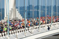 Severn Bridge Half Marathon, Gloucestershire, het UK Royalty-vrije Stock Fotografie
