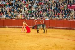 SEVILHA, ESPANHA - abril, 28: Matador Manuel Diaz el Cordobes em M imagem de stock royalty free