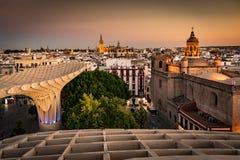 Sevilha, skyline da Espanha no quarto velho imagens de stock royalty free