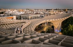 Sevilha, skyline da Espanha no quarto velho imagem de stock royalty free