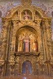 Sevilla - der Seitenaltar von St. Justina und Rufina in der barocken Kirche von El Salvador (Iglesia-del Salvador) Lizenzfreies Stockfoto