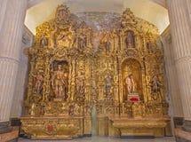 Sevilla - el altar barroco lateral en la iglesia de El Salvador (del Salvador de Iglesia) Fotografía de archivo libre de regalías