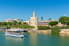 Sevilla Goldener Kontrollturm stockfotografie