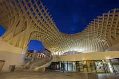 Sevilla - hölzerne Struktur Metropol-Sonnenschirmes gelegen am La Encarnacion Lizenzfreies Stockfoto