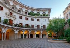 Sevilla Plaza del Cabildo stock fotografie