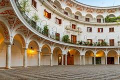 Sevilla Plaza del Cabildo stock afbeelding