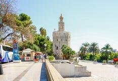 SEVILLA, SPAGNA, IL 16 OTTOBRE 2012: Torre del Oro, Sevilla, Guada Immagini Stock Libere da Diritti