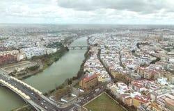 Sevilla van hierboven in een regenachtige dag, Andalusia royalty-vrije stock afbeelding