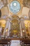 Seville - den barocka kyrkan av El Salvador (Iglesia del Salvador) med det huvudsakliga altaret (1770 - 1778) vid Cayetano de Aco fotografering för bildbyråer