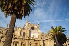 Seville domkyrka på solnedgången spain Arkivfoton