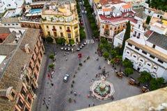 SEVILLE Spanien - Andalusia, flyg- stadssikt av den historiska staden från det Giralda tornet, Andalusia royaltyfri bild