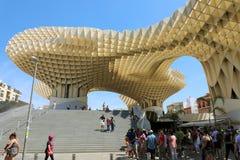 SEVILLE SPANIEN - JUNI 14, 2018: Synvinkel för de Sevilla för Metropol slags solskyddSetas av staden av Seville, Spanien Fotografering för Bildbyråer