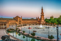 Seville Spanien: Plazaen de Espana, Spanien fyrkant Royaltyfri Foto