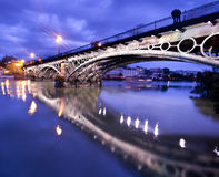 Sevillie, romantisches Panorama der Brücke Lizenzfreies Stockbild