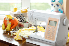 Sewing machine. And other sewing equipment Royalty Free Stock Photos