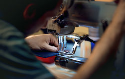 Sewing on the sewing machine Royalty Free Stock Photography