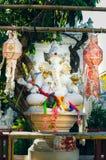 Sex-beväpnat Ganesha altare i Thailand Chiang Mai Arkivbild