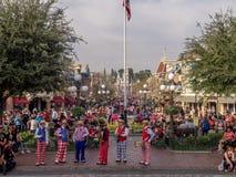 Sex styckmusikband på Main Street USA på Disneylanden Royaltyfria Bilder