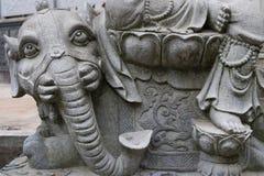 Sex vita elefant-sten för tänder staty Arkivfoto