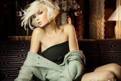 sexig blond flicka arkivbilder
