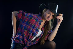 Sexig blondy cowgirl Royaltyfri Bild