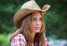 Sexig cowgirl. Royaltyfri Foto