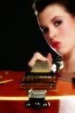 sexig gitarrist arkivfoto