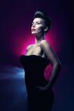 Sexig härlig kvinna med röda kanter Royaltyfri Foto